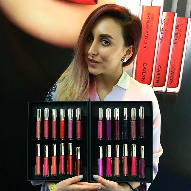 The talented #MUA @elya_bulochka and 24 Matte Palette Book at #Cosmoprof2016 #Italy ???You want to get this beautiful tints? Just post your lip contour picture or video with #CAILYNlipcontour for a chance to win 24 Pure Lust Extreme Matte Tint Palette Book(value ??456)!???? [??Winner announcement??] Apr. 1st via @CAILYNmakeup and email.?? ????For detail, click the link in Bio!???? #CAILYN #cailyncosmetics #cailynmakeup  #PureLustExtremeMatteTint